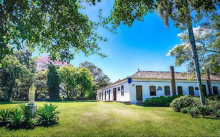 Casa e quintal da locação de Charqueadas São João em Pelotas