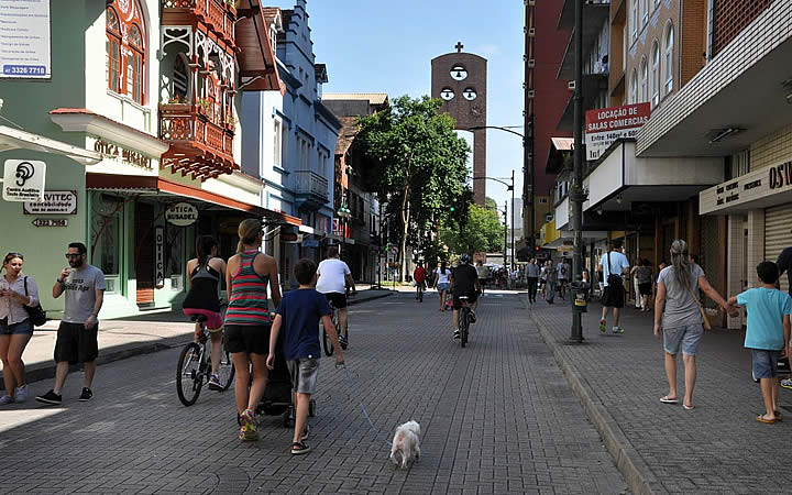 Centro Histórico - Rua XV de novembro
