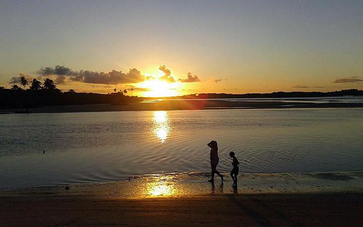 Pôr do sol na Boca da Barra - Boipeba