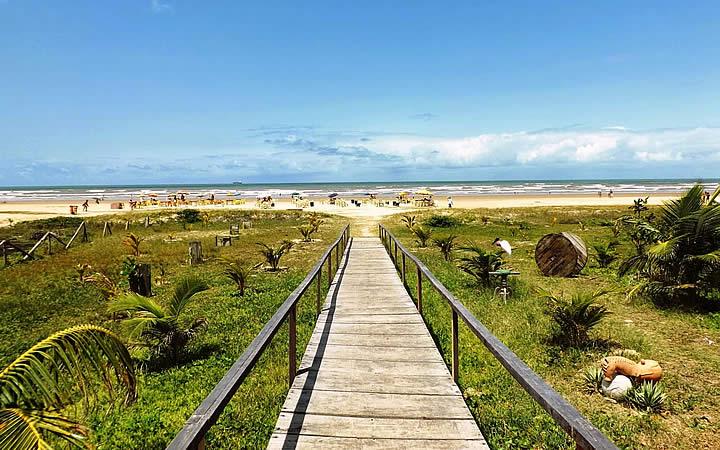 Passarela da Praia de Aruana