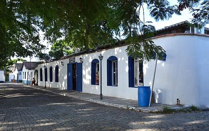 Casas no Bairro da Passagem em Cabo Frio