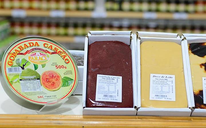 Doces caseiros Araci - Goiaba, leite, ameixa
