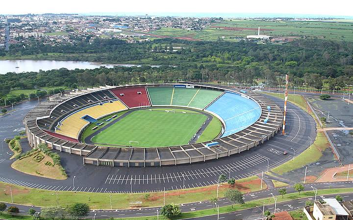 Estádio Municipal Parque do Sabiá em Uberlândia
