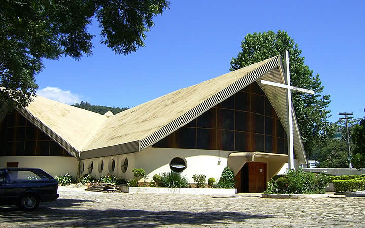 Lado de fora da Igreja matriz de Águas de Lindóia