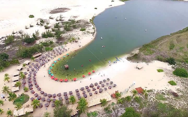 Lagoa de Pitangui em Genipabu
