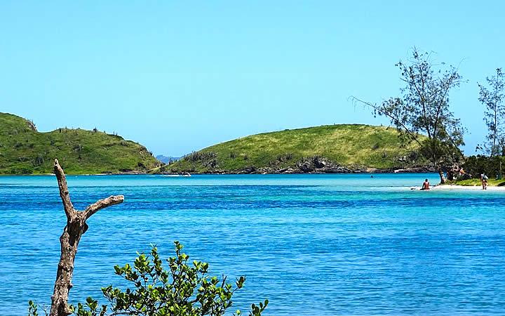Mar e a Ilha do Japonês em Cabo Frio