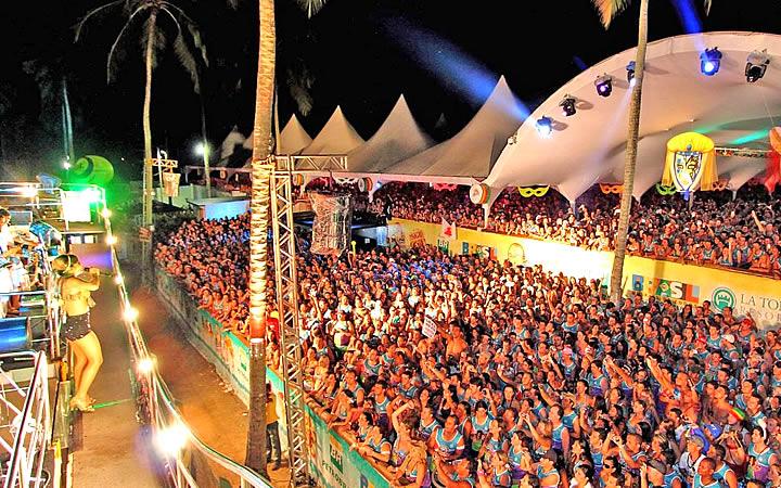 Bloco de carnaval em Porto Seguro