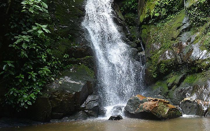 Cachoeira São José em Lumiar