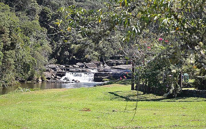 Cachoeira na Trilha das Cachoeiras em Cunha