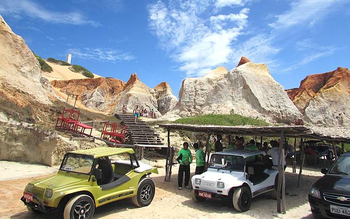 Carros de buggy em Morro Branco