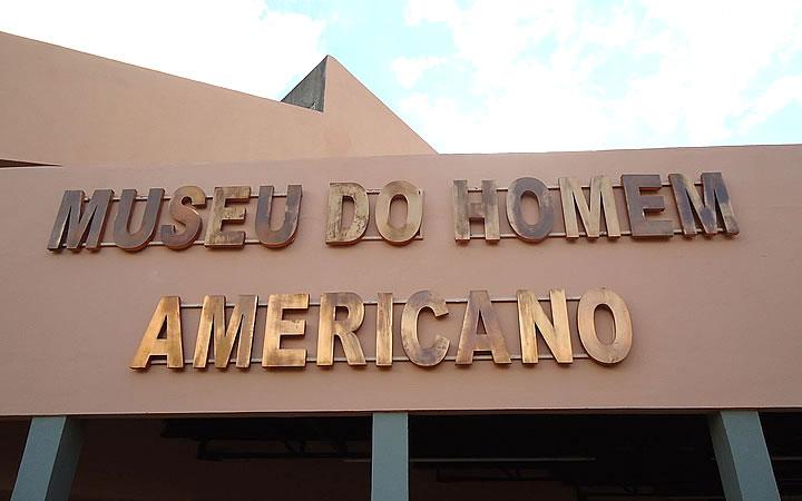 Fachada do Museu do homem americano