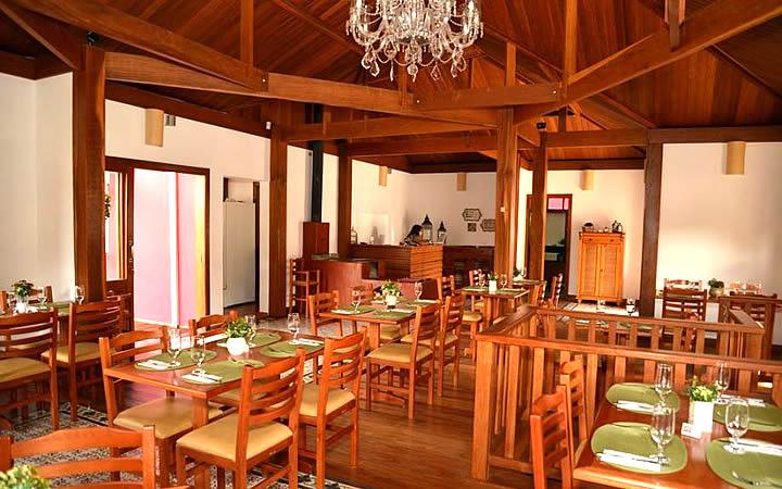 Interior do Restaurante Flor de Cerejeira