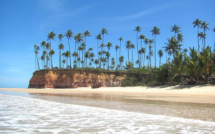 Orla da praia da Barra do Cahy