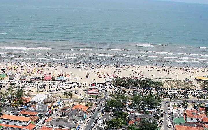 Vista aérea da Ilha Comprida em SP