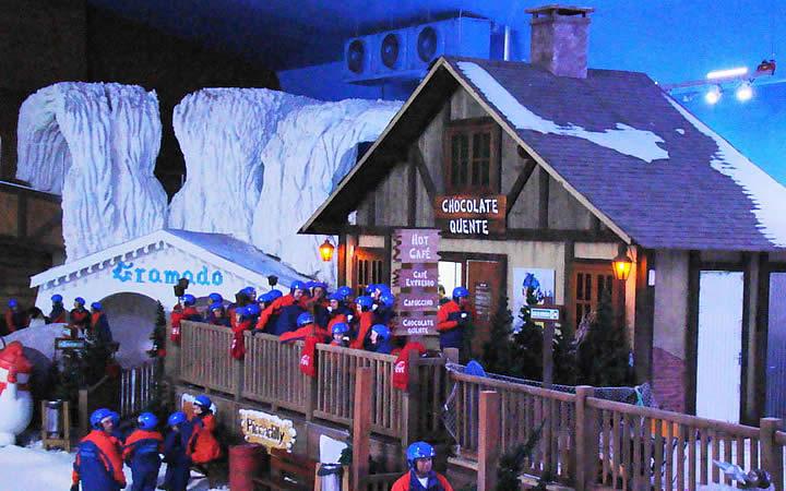 Cabana do Chocolate quente na Snowland
