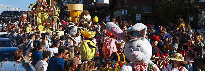 Desfile de páscoa em Gramado e Canela