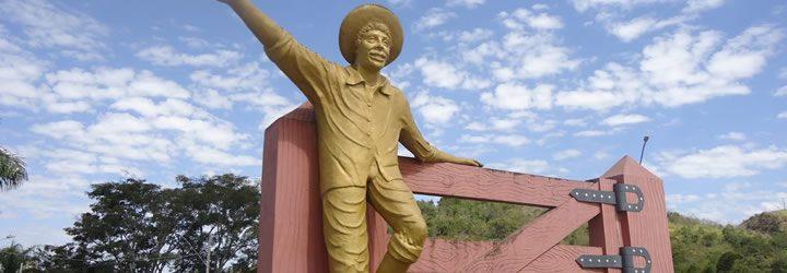 Monumento Menino da Porteira - Ouro Fino