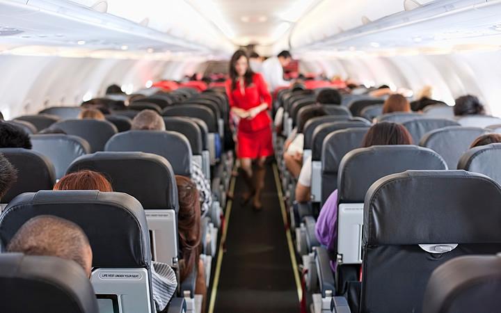 Pessoas no avião - Voo