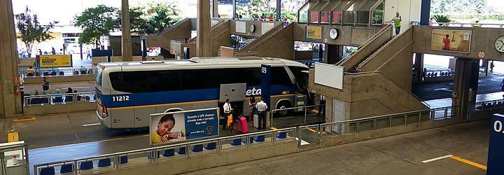 Saída de ônibus na Rodoviária de Jabaquara