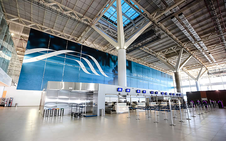 Interior do aeroporto Viracopos