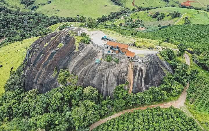 Pedra grande Hotel fazenda Parque dos Sonhos - Resorts em SP
