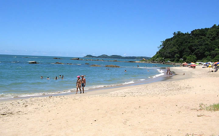 Pessoas na Praia do Lucas