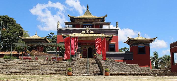 Templo Budista Odsal Ling: Onde Fica, Como Chegar e Programação!