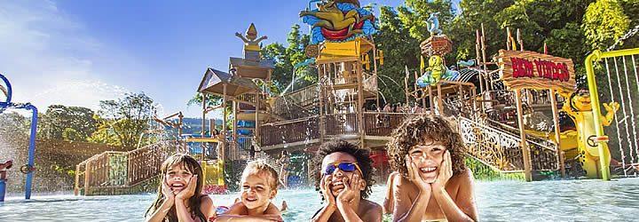 Crianças no Rio Quente Resorts