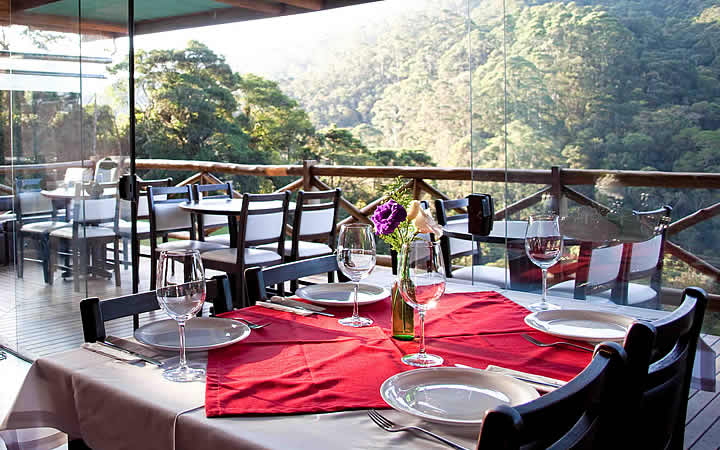 Mesa de Restaurante em Santo Antônio do Pinhal
