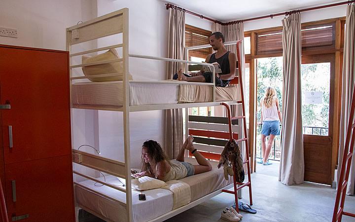 Pessoas no Hostel