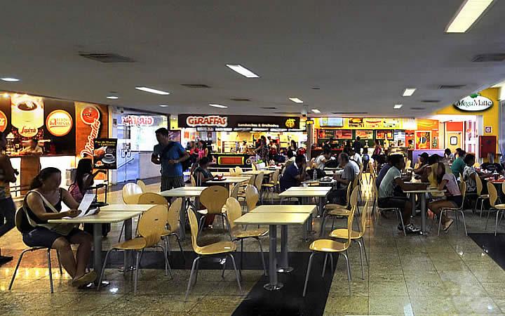 Praça de Alimentação na Rodoviária Novo Rio