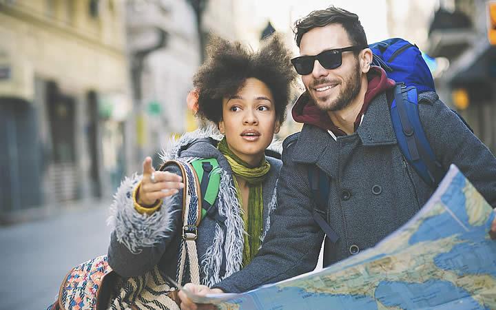 Viajantes fazendo Mochilão