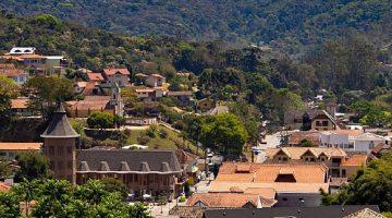 Vista aérea do centro de Santo Antônio do Pinhal