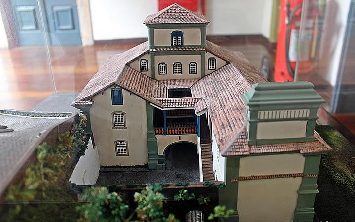Miniatura do Museu Casa dos Contos