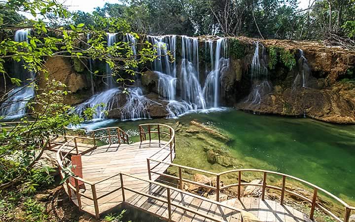 Cachoeira no parque das cachoeiras