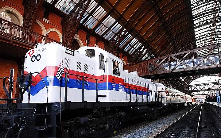 Expresso Turístico - Locomotiva