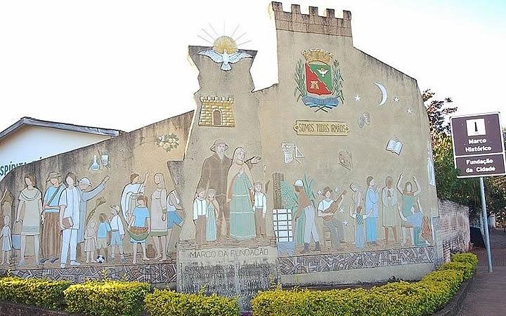 Marco Histórico em Barretos