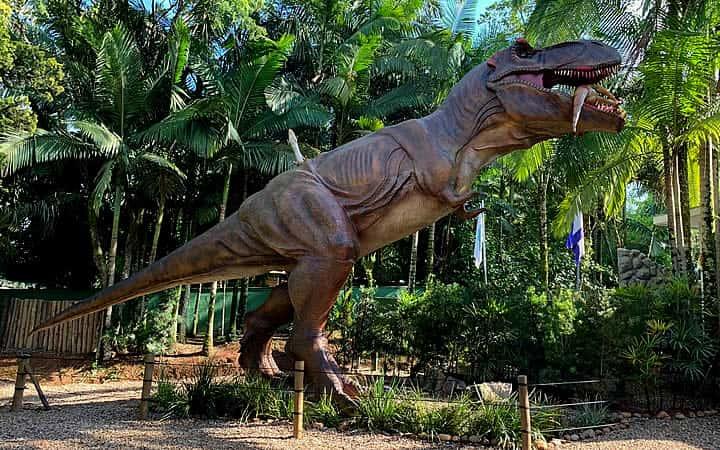 Dinossauro - Parque Vila Encantada