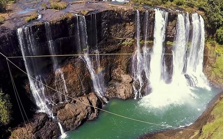 Cachoeira da Fumaça em Minas Gerais