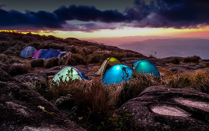 Camping na Gruta do Jacu