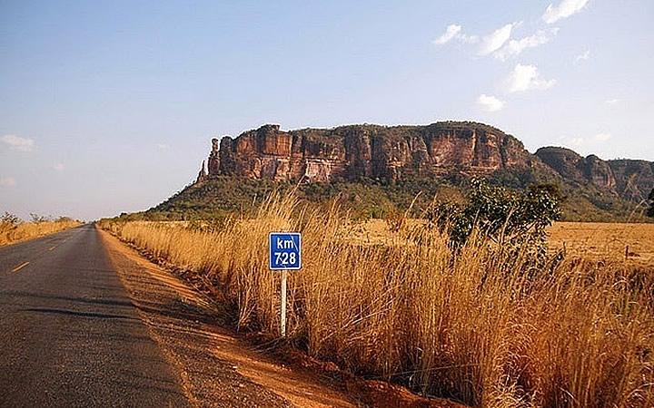 Estrada para Serra do Roncador