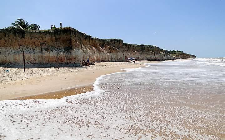 Praia de Itaúnas - Praias do Espírito Santo