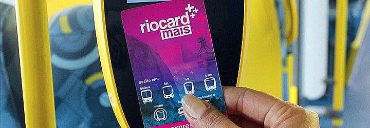 Rio card - passando cartão na maquina