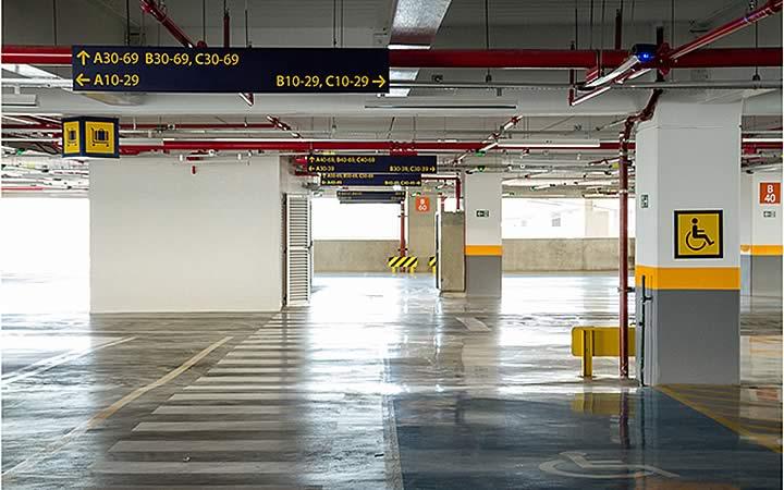 Edifício Garagem - Estacionamento no aeroporto Galeão