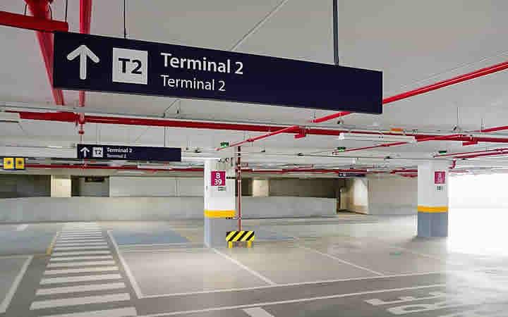 Estacionamento terminal 2 no aeroporto Galeão