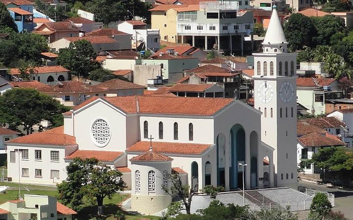 Igreja Matriz de Lambari