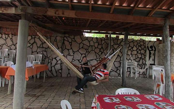 Pessoas na Pousada e Restaurante Trilha da Capivara