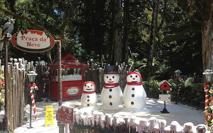 Praça da neve - Aldeia do Papai Noel