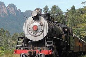 Trem no Rio Negrinho