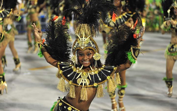 Carnaval de Sapucai - Criança fantasiada